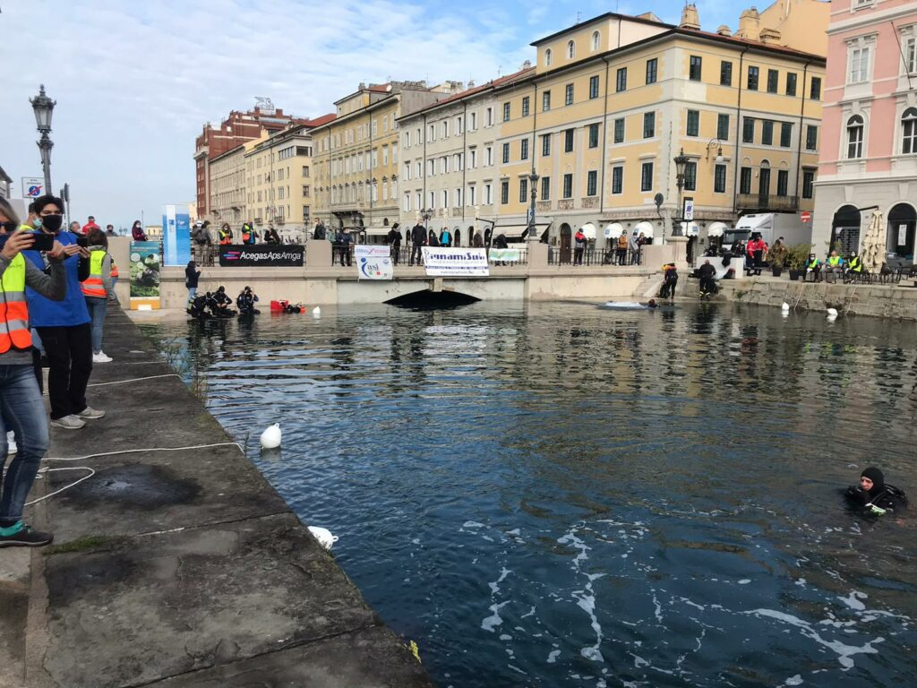 aMare EcoFVG a Trieste Ponterosso